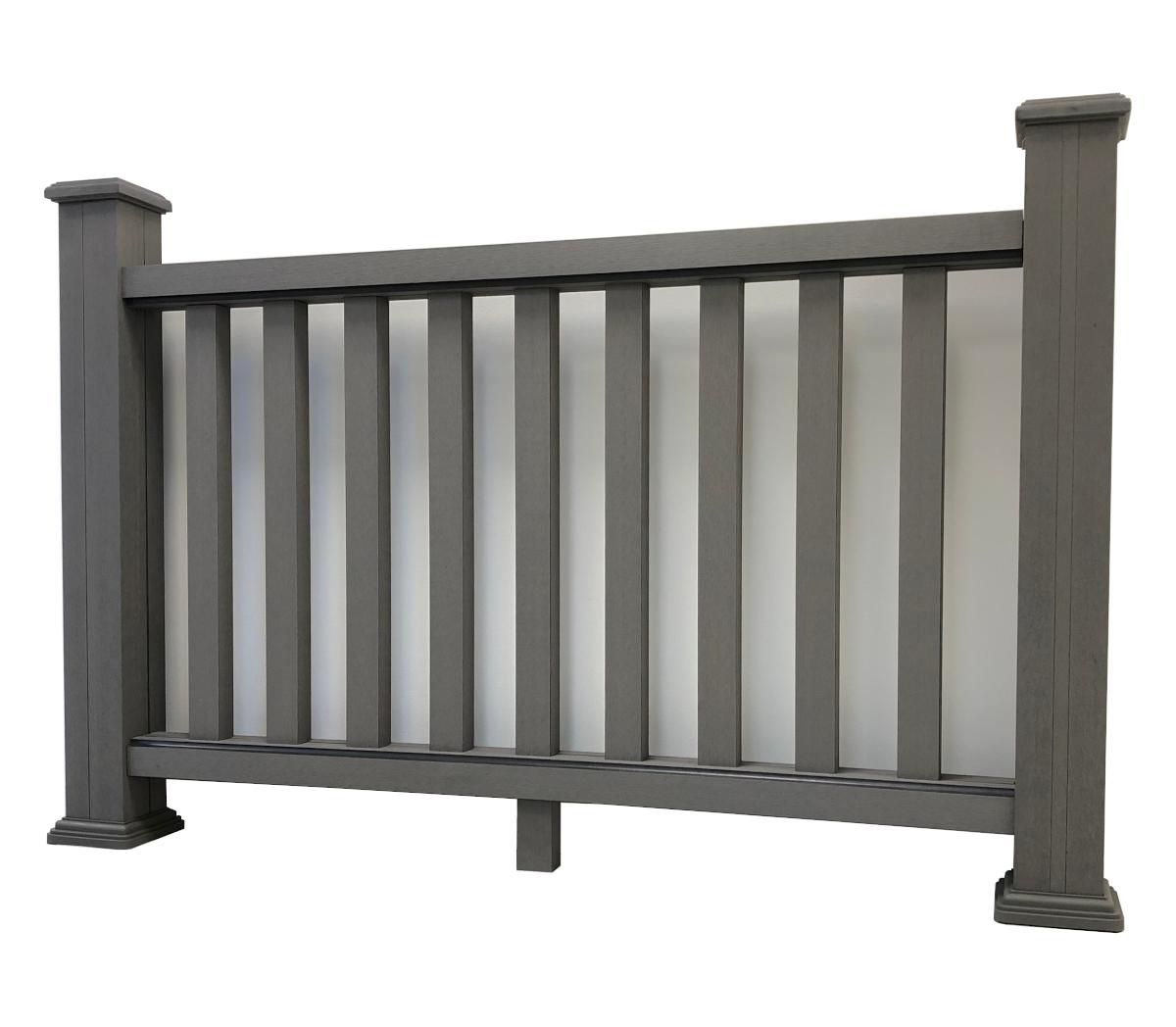 staket i träkomposit ljusgrå