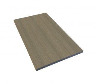 täcklist i träkomposit